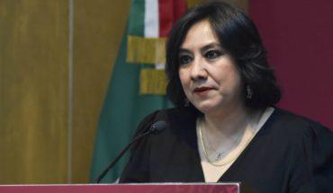 La titular de Función Pública, Irma Eréndira Sandoval, tiene COVID-19