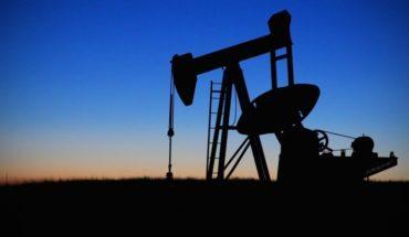 Petróleo de referencia para EE.UU. se hundió un 58% y bajó de 8 dólares, su menor precio desde la crisis de 1973