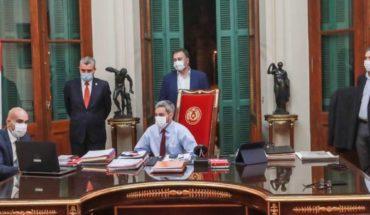 """Presidente de Paraguay insta a que la desescalada """"no sea un carnaval"""""""