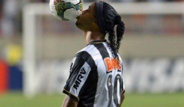 """Ronaldinho: """"El fútbol es parte de mi vida y no tenía motivos para no jugar en la cárcel"""""""