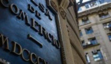 Un dato positivo en medio de la pandemia: Bolsa de Santiago se apronta a cerrar su mejor mes desde mayo de 2009