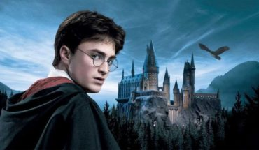 Compañía ofrece mil dólares a alguien que vea todas las películas de Harry Potter de corrido
