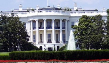 Donald Trump met at the White House with coVID-19 recovery
