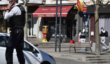 Knife-armed man kills 2 passers-by who violated quarantine in France to go out and buy