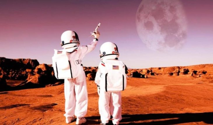 Learn to be an astronaut: a free, online NASA program for all levels
