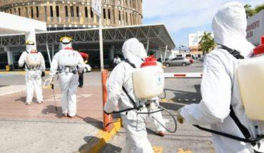 Mazatlan banks and trucking plants disinfect