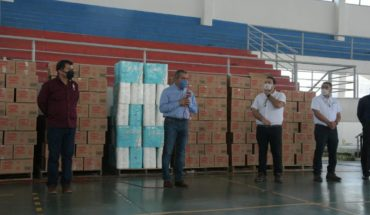 Morelia City Council receives health supplies from Kimberly Clark company
