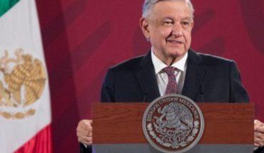 AMLO podría iniciar gira el martes por México en 5 estados pese a Covid-19