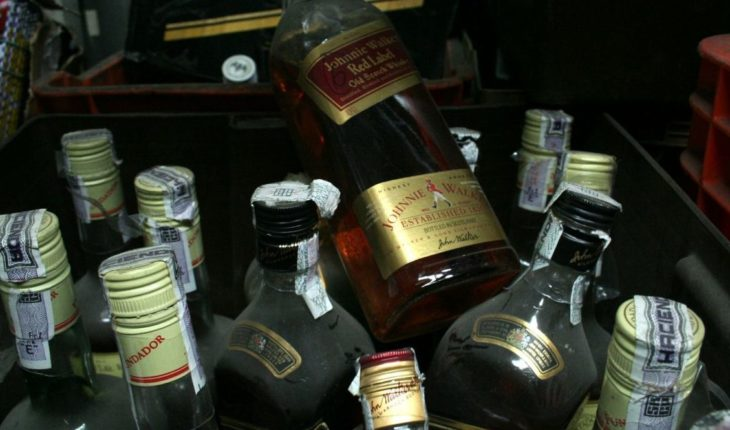 Alcohol adulterado deja al menos 20 muertos en Chiconautla, Puebla