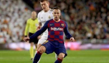 Arthur puede salir del Barcelona y la Juventus al acecho