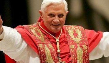 Benedicto XVI: Hace cien años era absurdo hablar del matrimonio homosexual