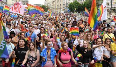 Cómo nació el Día Internacional contra la Homofobia, Transfobia y Bifobia