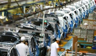 En abril no se fabricó ningún vehículo en el país