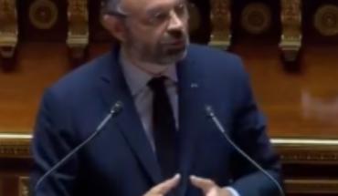 Francia pagará bono de 200 euros a jóvenes en situación precaria por el coronavirus