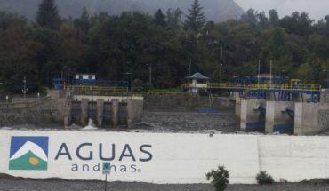 Justicia condenó a Aguas Andina por corte de agua a 23 comunas de la RM en 2016