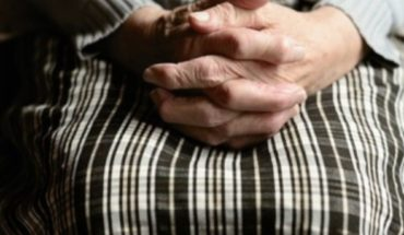 "100-year-old woman nicknamed ""boomerang"" overcomes coronavirus"