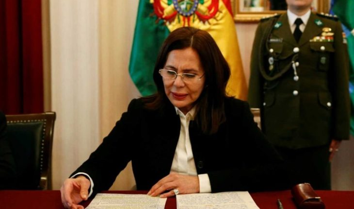 Bolivian Chancellor Karen Longaric criticized Alberto Fernandez