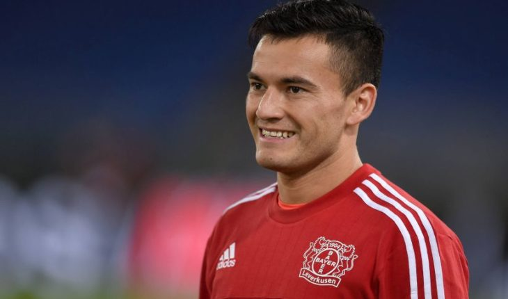 "Former athletic director of Leverkusen praised Aránguiz: ""It's world-class"""