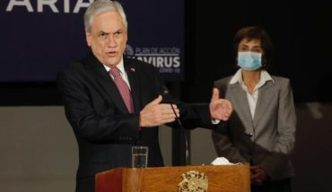 """President Piñera said the government has """"made mistakes"""" and raised projections """"there are many and very few that have been right"""""""