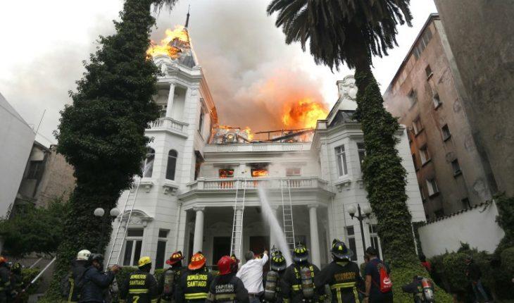 Prosecutor's Office presents accusation of U. Pedro De Valdivia fire