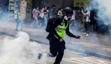 Tear gas suppresses demonstrations in Hong Kong