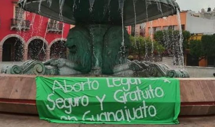 'Virtual Pañuelazo' in support of legalization of abortion in Guanajuato