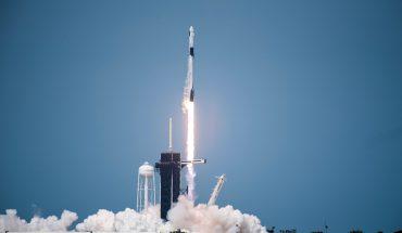 Al espacio, en transporte privado