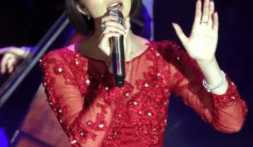 Ángela Aguilar enloquece a sus fans con su faldita cortita y ajustada