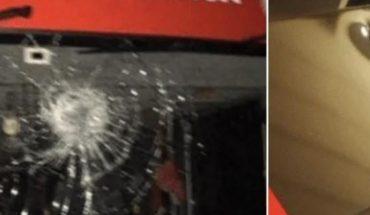 Apedrean autobús de Benfica y dos jugadores son llevados al hospital