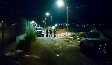 """Encuentran dos cuerpos baleados a un lado del """"Mercadito de El Realito"""" en Morelia"""