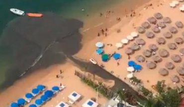 Hotel descarga aguas negras en playas de Acapulco (VIDEO)