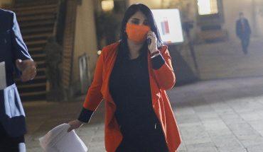 """Karla Rubilar dijo que """"nunca en este país se pensó en una inmunidad de rebaño"""""""