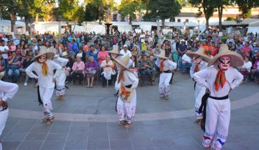 La Danza de los Viejos Enguangochados de la Isla de Jarácuaro, llega a #CulturaEnTuCasa