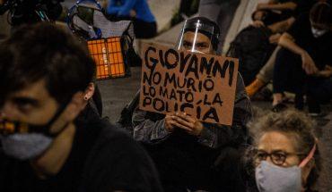 Los policías torturaron por horas a Giovanni porque él intentó grabarlos
