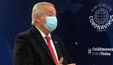 """Mañalich aseguró que mantener certificación de PCR positivo para contabilizar muertes es el """"criterio adecuado para Chile"""""""