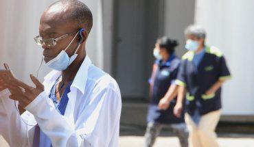 Personal sanitario cubano gana más y no beneficia al país, acusan médicos