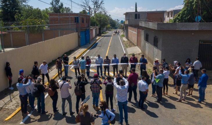 Raúl Morón inauguró la rehabilitación del camino a Tenencia de Chiquimitio