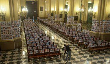 Se realizó una misa en Perú con las fotos de 5.000 fallecidos por el COVID