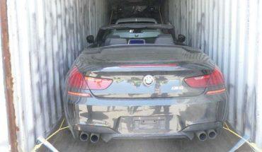 Una investigación internacional halló 40 autos de lujo en contenedores