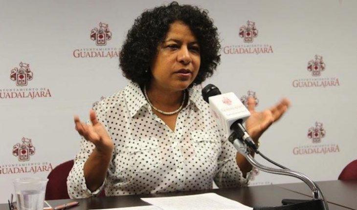 Una mujer más renuncia a la administración de AMLO
