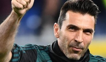 Buffon and Chiellini renew for one more season with Juventus