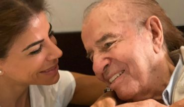 Carlos Menem was discharged after two weeks in hospital for pneumonia