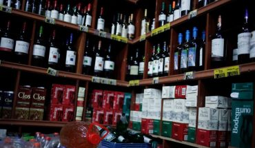 """Minister of Health and Alcohol Consumption during the Pandemic: """"We Call for Moderation"""""""