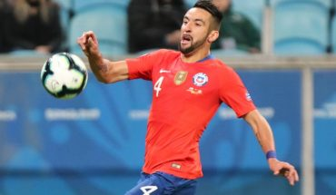 "Olé over Mauricio Isla: ""The supportive player who wants Boca"""