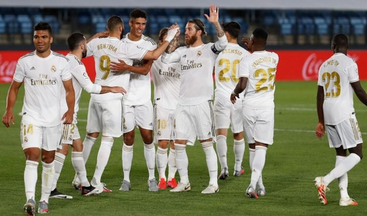 Real Madrid does not lose pisan to Barcelona: 3 to 0 to Valencia