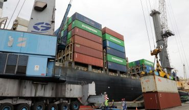AMLO entrega a militares el control de puertos y aduanas