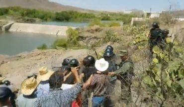 Chihuahuenses y elementos de la Guardia Nacional se enfrentan (Video)