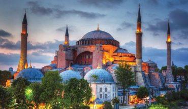 Consternación internacional ante decisión turca de reconvertir Hagia Sophia de museo a mezquita