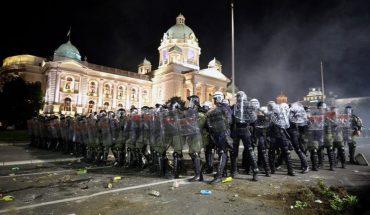 Disturbios y nuevas restricciones en Europa del este provoca rebrote de coronavirus