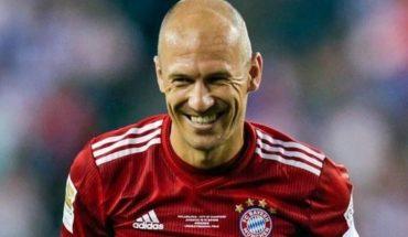 El motivo que traería de regreso al Fútbol a Arjen Robben